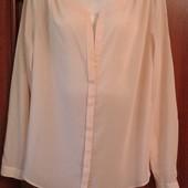 Фирменная новая шифоновая блуза рубашечного типа р.18-20 пудрового цвета