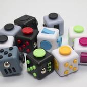 Новинка!!!!Антистрессовый кубик Fidget Cube