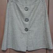 Фирменная шерстяная юбка в отличном состоянии р. 12-14