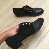 Туфлі з натуральної шкіри від Cosmaparis!! 40-й розмір, 26 см устілка. Нові,