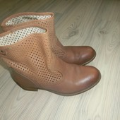 якісні шкіряні ботинкі від Creeks