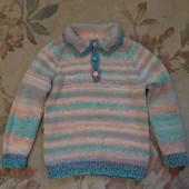 Качественный свитерок handmade.р.110-116