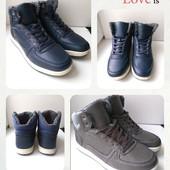 Зимние мужские ботинки, удобные,практичные,на ноге смотрятся супер, размер 40,41,44,45