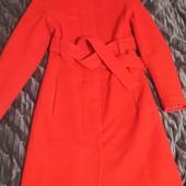 Пальто красное, размер М
