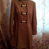 Орігінальне весняне пальто