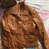 Натуральная кожаная куртка рыжего цвета