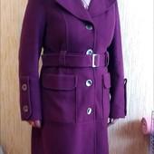 Супер стильне кашемірове пальтішко цікавого окрасу 48-50р. Стан відмінний.