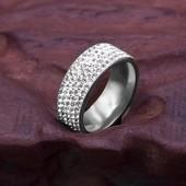 Красивое кольцо в цвете серебра р 20 или золота р 18