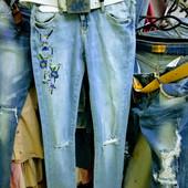 Новые турецкие зауженные стейчевые фабричные джинсы р. 28, поб 48 см, пот 34 см