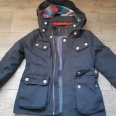 Класна курточка на 3-4 рочків 104р