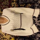 Лот на выбор!! 2 красивейших свитера с красивым декольте!)))