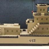 Военный корабль аналог лего.