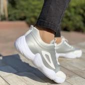 Тренд весна 2020! Шикарные кроссовки,осталось мало!Новые!38 р
