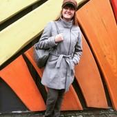 Шикарне пальто ,сток-- Liv collection