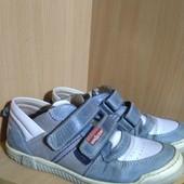 Кожаные кроссовки Испания