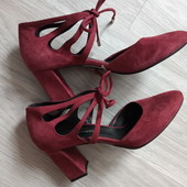 Оригинал! Фирменные номерные бесподобные туфли из натурального замша цвет марсала р.38