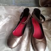 Женские качественные туфли на низком ходу Chanel. Размер на выбор.