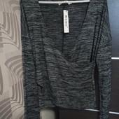Фирменный новый красивый тонкий свитерок р.16-18