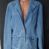 Внимание! Сегодня лоты с дорогими брендовыми куртками! Стрейчевый джинсовый пиджак, грудь-110