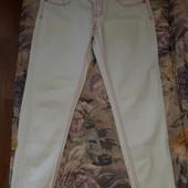 Продам белые джинсы скинни р.М!