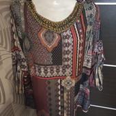 Фирменная итальянская красивая блуза р.14-16 в отличном состоянии.