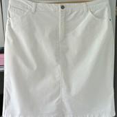 В отличном состоянии белоснежная, стретчевая юбка. Р-р 16 (52-54). Смотрите замеры...