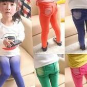 Новые штаны ,джинсы яркие для девочки .