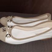 Полностью кожаные балетки Jane Shilton, ориг. Италия, разм. 37 (24 см внутри). Сост. отличное!