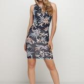 Плаття в квітковий принт XS від німецького виробника C&A