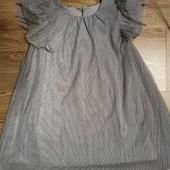 Платье нарядное с блесками. 3-4 года.