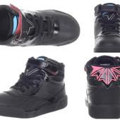 Круті високі кросівки Reebok для дівчинки, р. 26, US9, 5. Оригінал, після моєї дитини