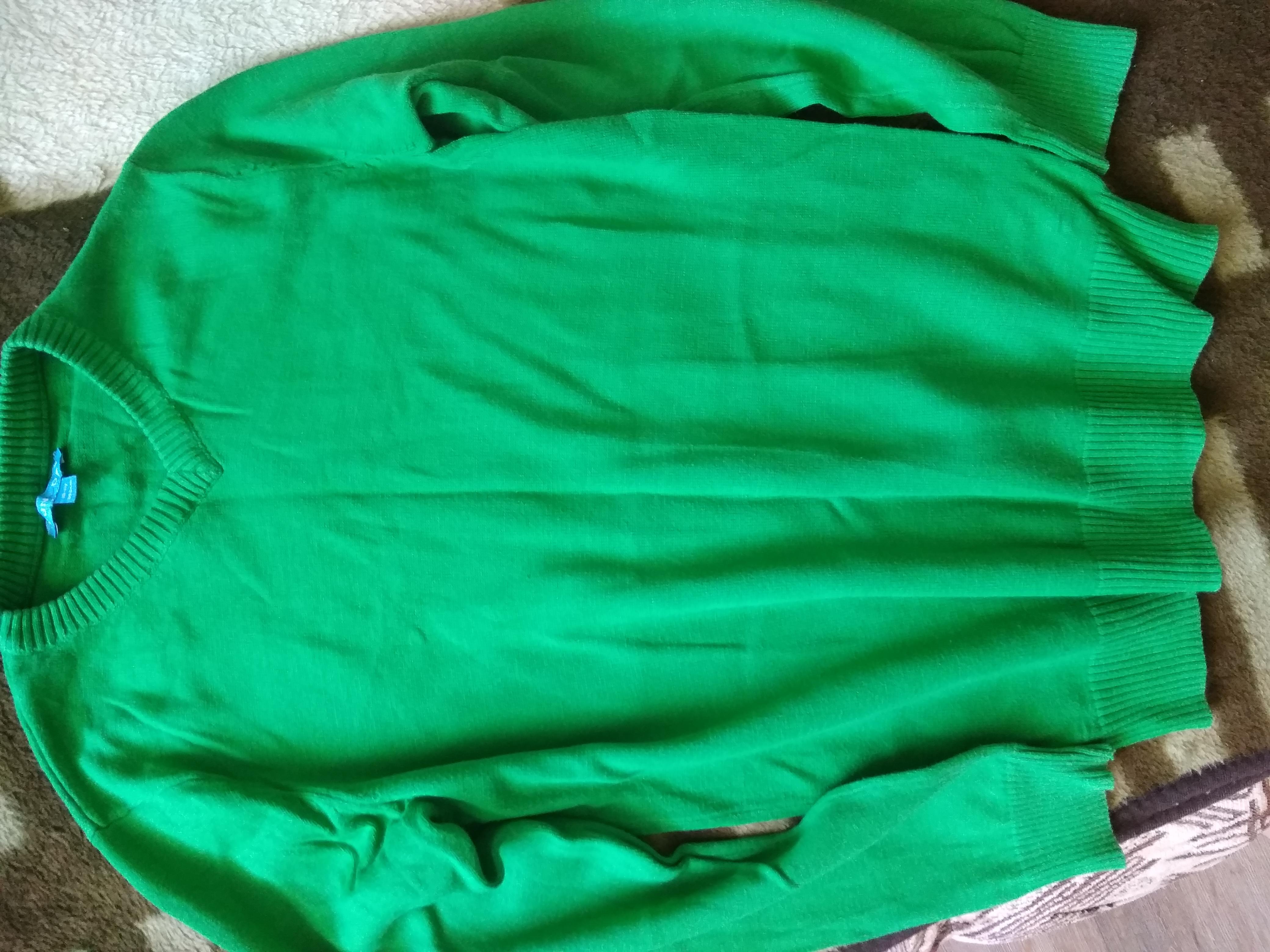 Отличный свитерок на мальчика рост 146