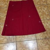 Красивая плотненькая котоновая юбочка с вышивкой, камнями и пайетками р.14 пот 44 поб 58