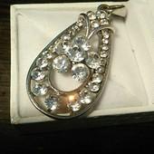 Потрясающе красивые украшения под любую одежду, кулон, брошь или кольцо на выбор, камни Сваровски