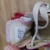 Дві пари взуття 19-20р.для дівчинки