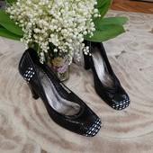 Кожаные легкие туфли