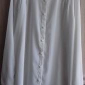 Нежная блуза-рубашка с кружевом.Выглядит эфектно.48-50