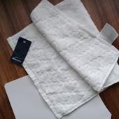белое полотенечко , нежное (100% котон) 50*30