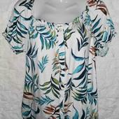 Очень красивая футболка Dorothy Perkins pp 18
