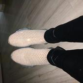 Фирменные офигенные ботинки -кросовки ткань!фото не передаёт как они блестят