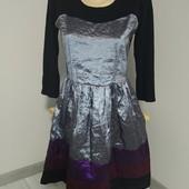 Бомбезное красивое платье р.44-S отличного сост.