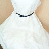 Белоснежное платье с фатиновою подкладкою большого размера