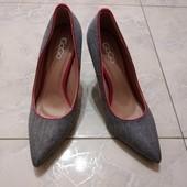 Шикарные женские туфли-лодочки от GoGo, 39 р