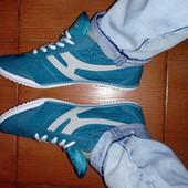Стильные и удобные кроссовки Restime.39-25,5 см.Цвет-бирюза.