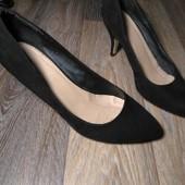 Красивые туфли лодочки на широкую ножку