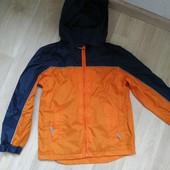 Летняя, фирминна куртка - размер 128