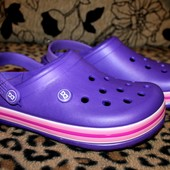 Кроксы женские 38 р. Цвет фиолет. в жизни он темнее