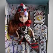 Шарнирная кукла Ever After High - Cerise Hood сериз худ дочь красной шапочки и большого серого волка