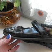 Туфли George состояние очень хорошее