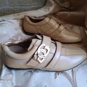 Женские кожаные кроссовки Guess. Размер 37 - 24,3.